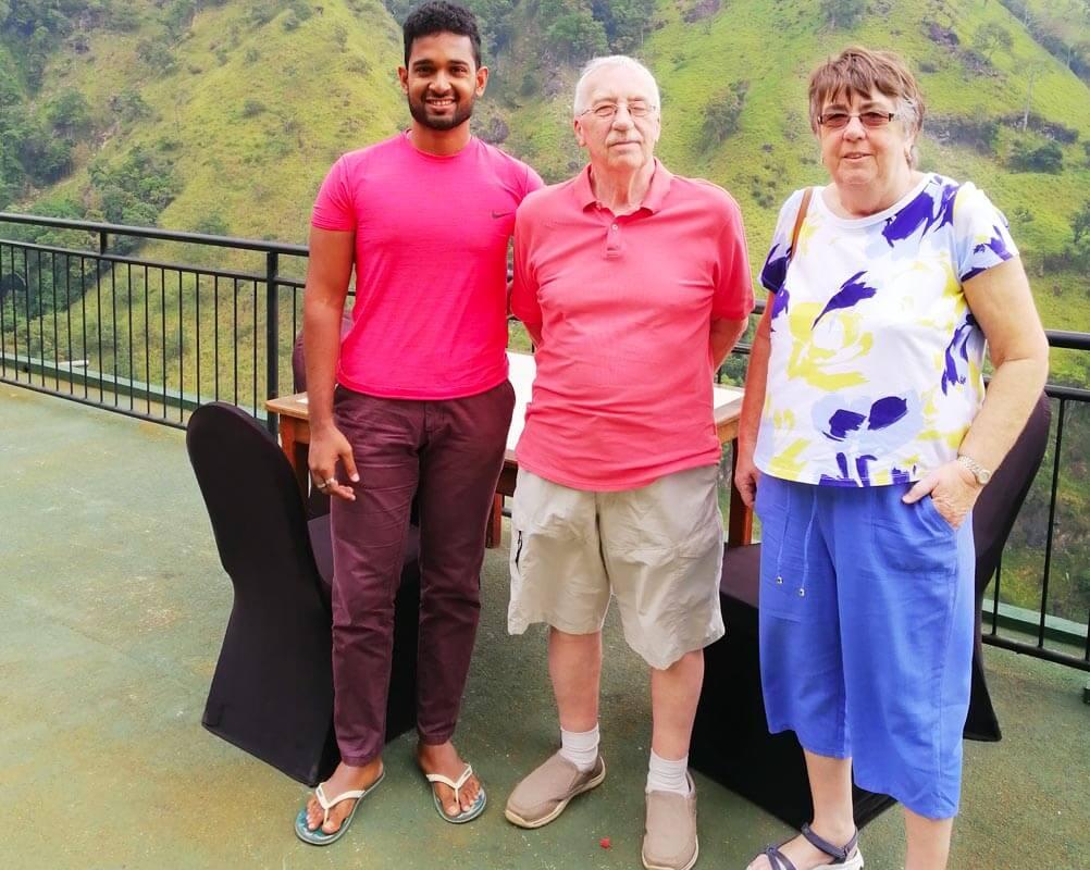 G 24 - Sri Lanka Tour Driver with Car