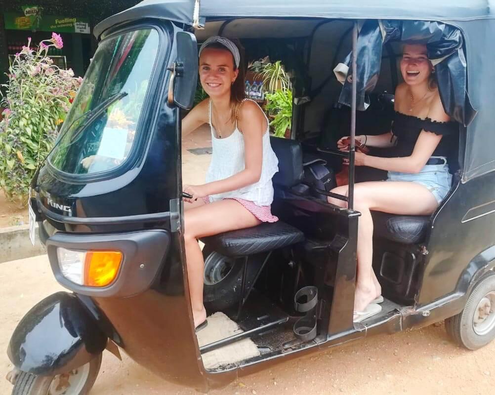 G 45 - Sri Lanka Tour Driver with Car
