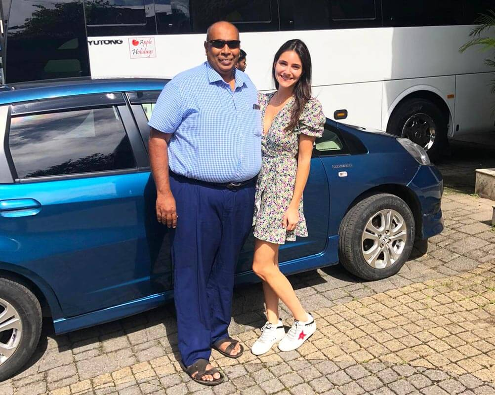 G 52 - Sri Lanka Tour Driver with Car