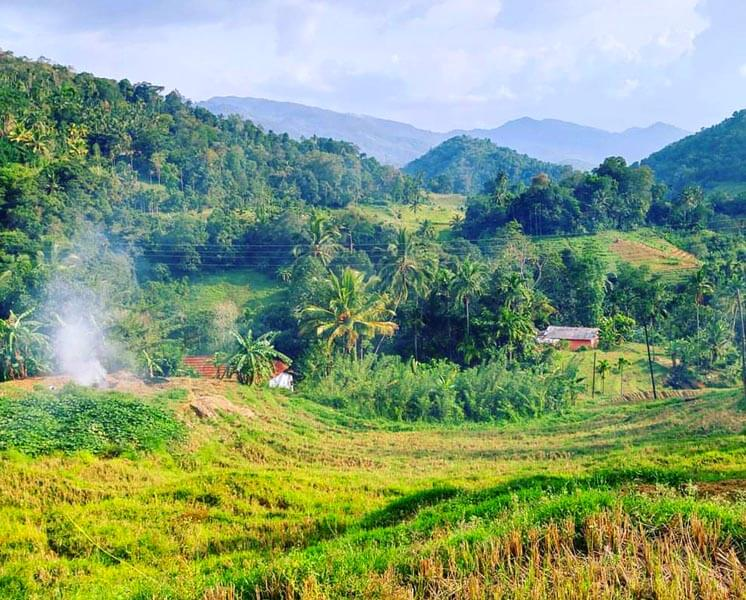 Heeloya Village